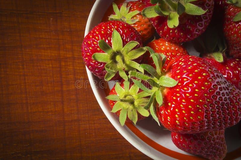 熟红草莓 免版税库存照片