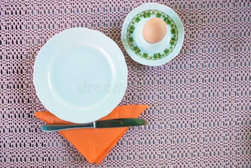 熟蛋和设置早餐 库存图片
