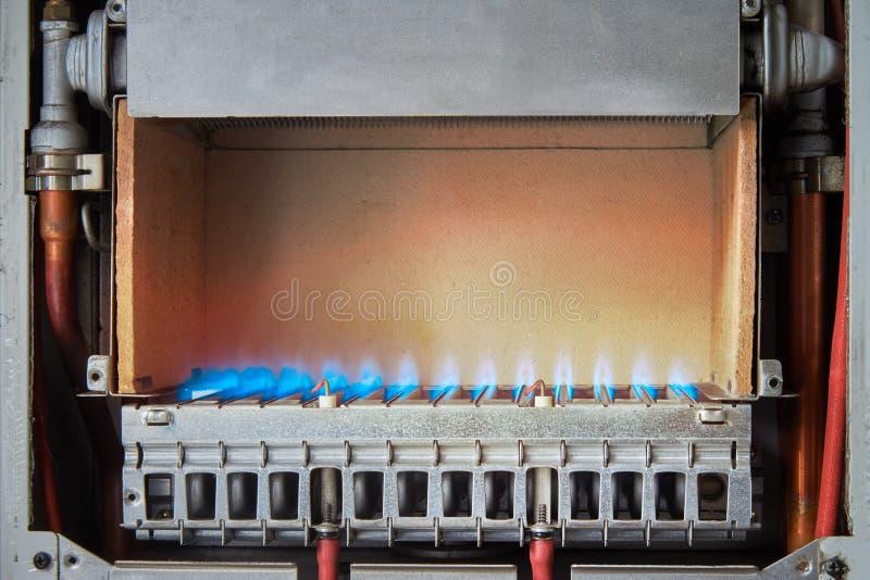燃气锅炉的设备,热化水的过程 库存图片
