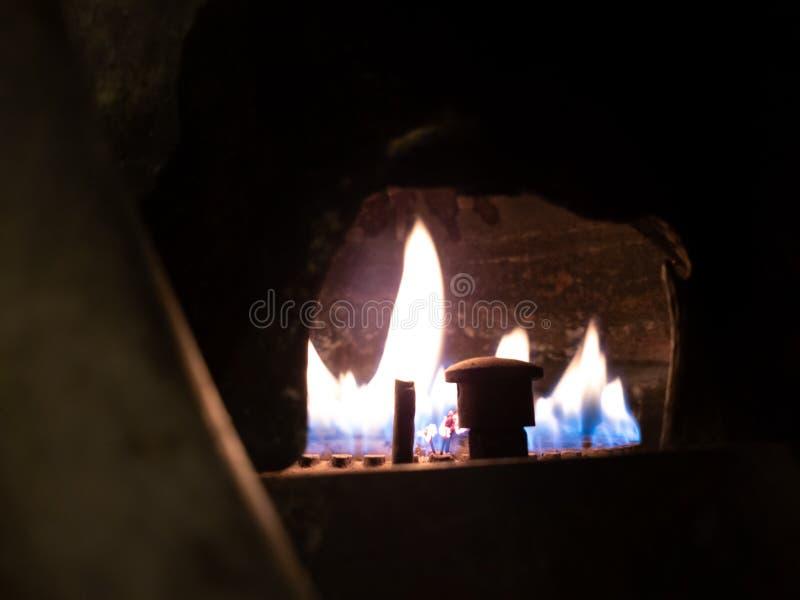 燃烧的气体 气体燃烧在加热的锅炉 免版税图库摄影
