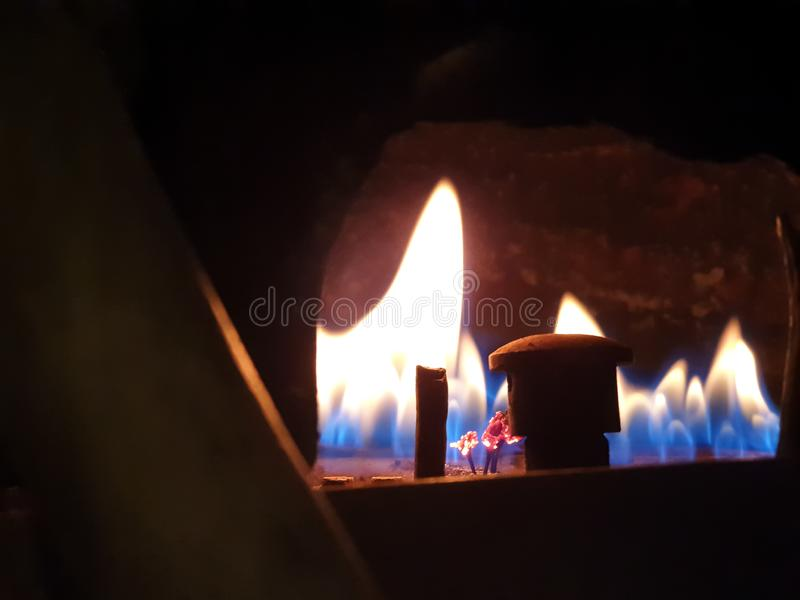 燃烧的气体 气体燃烧在加热的锅炉 图库摄影