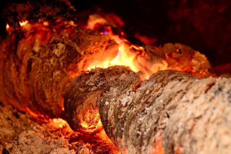 燃烧的烧注册壁炉 库存图片