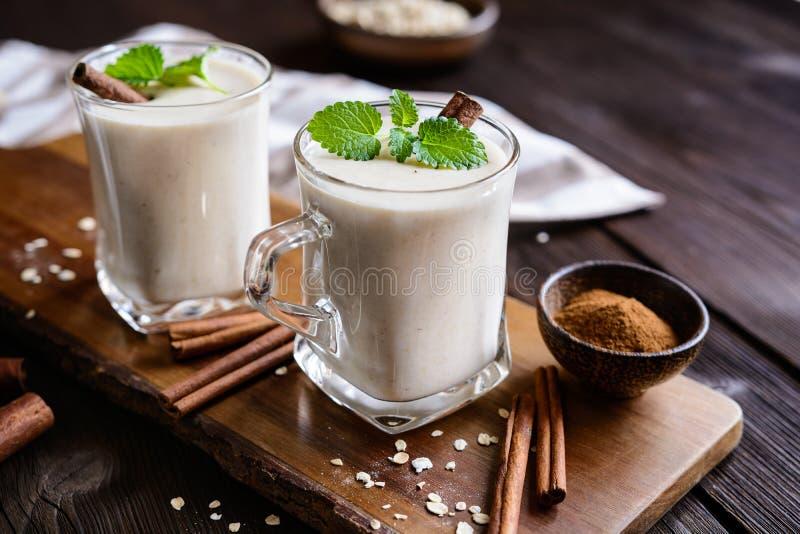 燕麦属Colombiana -传统燕麦粥饮料 免版税库存照片