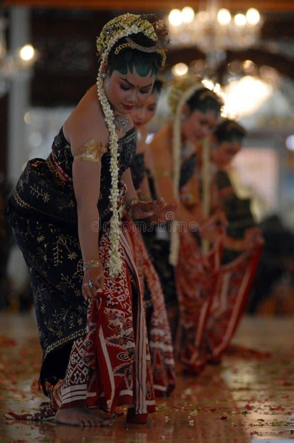 爪哇神圣的皇家舞蹈 免版税库存照片