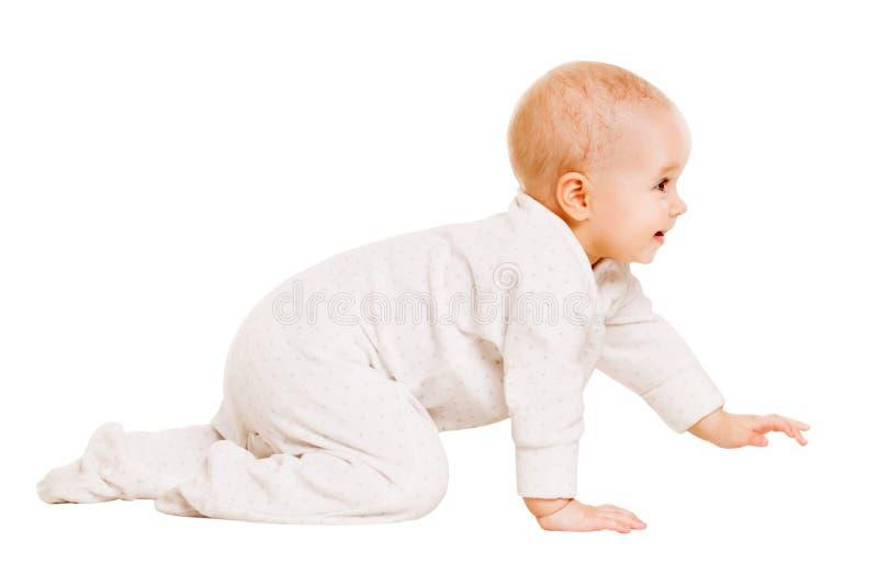 爬行的婴孩,愉快的婴儿孩子爬行被隔绝的白色Backgroun 免版税库存照片