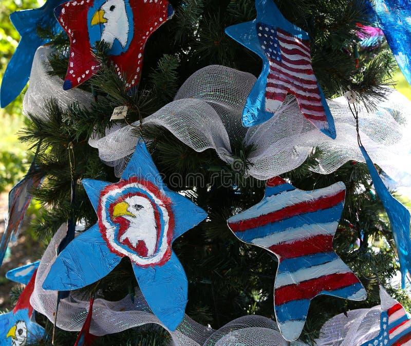 爱国圣诞树在迈尔斯堡,佛罗里达,美国中 免版税图库摄影