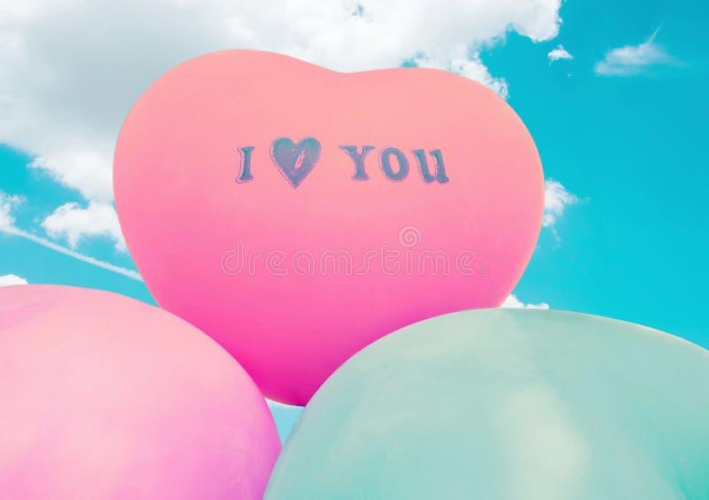 爱心脏气球 免版税库存图片