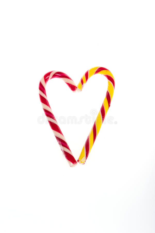 爱的声明以糖果心脏的形式为华伦泰` s天 免版税库存图片