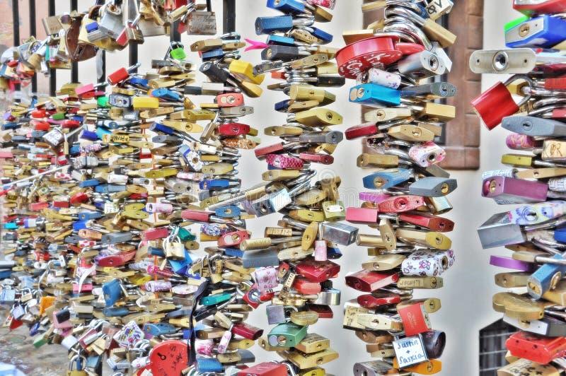 爱锁在布拉格 免版税库存照片