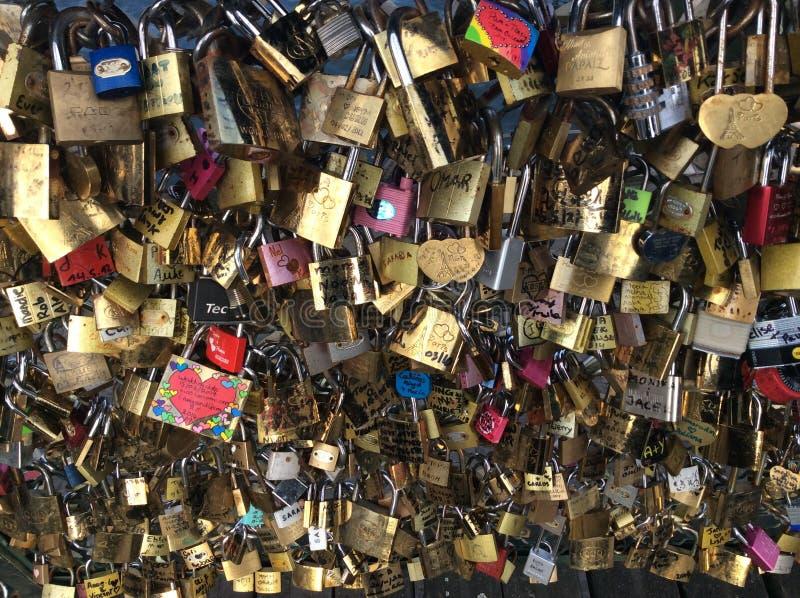 爱锁,巴黎 免版税库存图片
