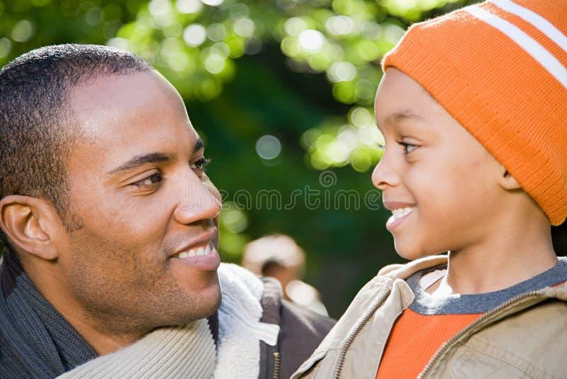 Download 父亲和儿子 库存照片. 图片 包括有 享用, 大使, 种族, 父亲, 债券, 绿色, 男朋友, 无罪, 连接数 - 62533910
