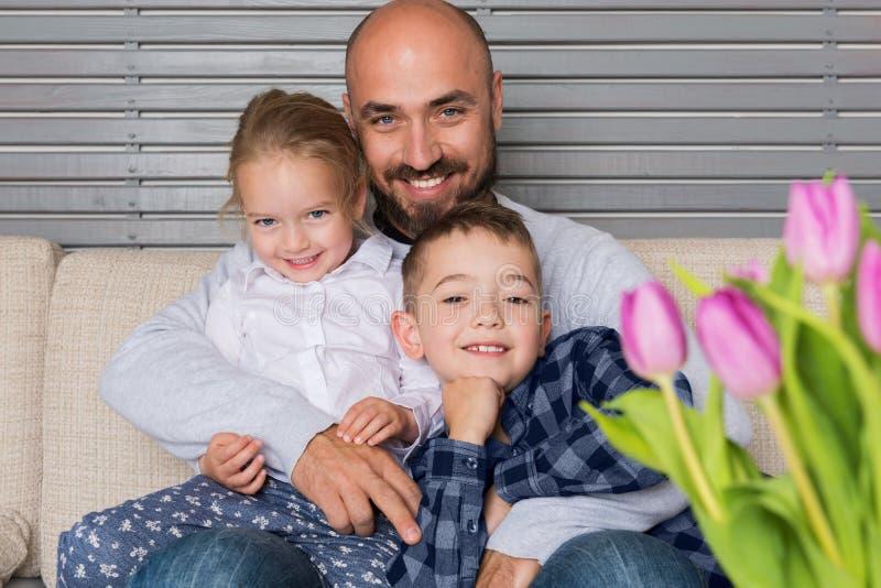 父亲和儿童画象 免版税图库摄影