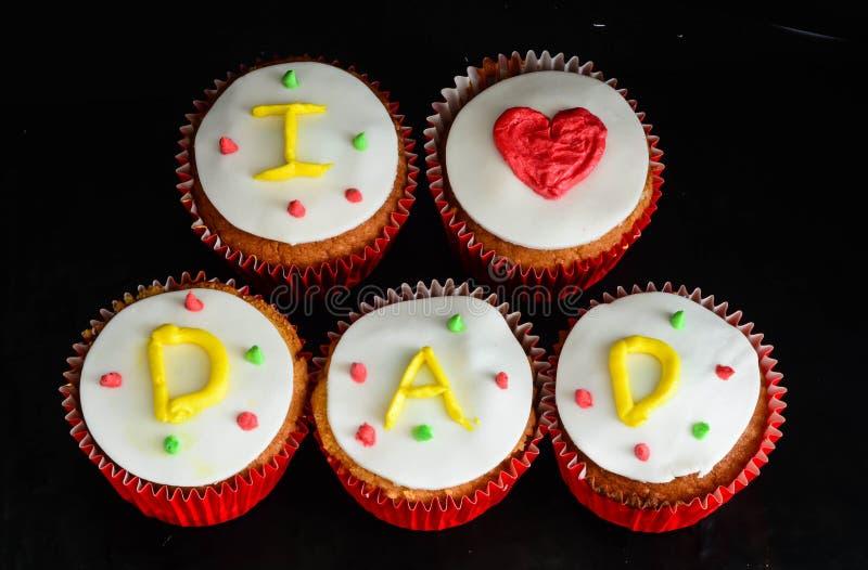 父亲节杯形蛋糕 库存照片