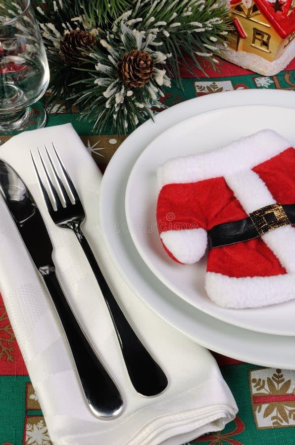 Download 片段服务圣诞节桌 库存照片. 图片 包括有 克劳斯, 陶器, 刀子, 食物, 餐巾, 欢乐, 牌照, 庆祝 - 62538074