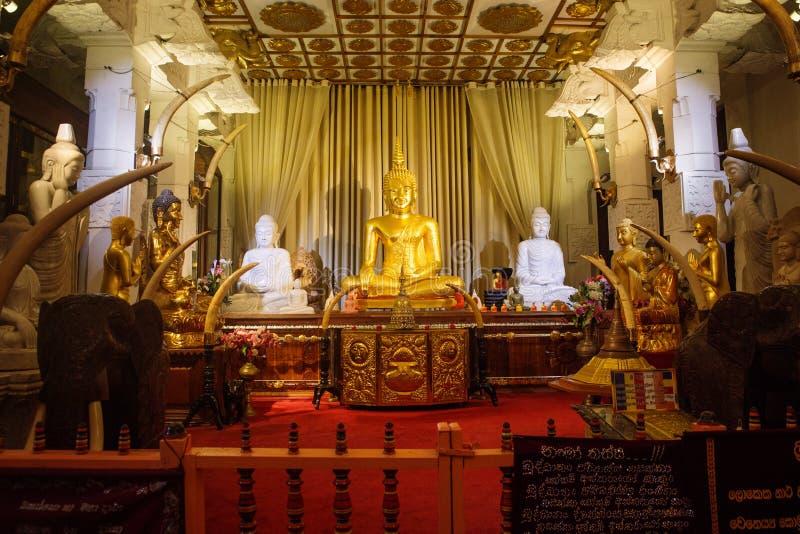 牙的寺庙在康提,斯里兰卡 免版税库存照片