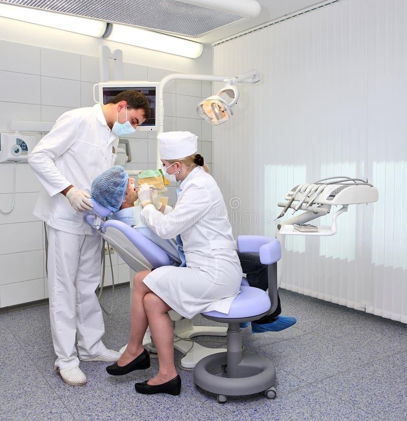 牙齿牙科医生空间工作 免版税库存照片