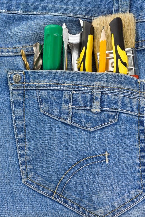 Download 牛仔裤口袋工具 库存图片. 图片 包括有 组合, 充分, 设备, 红色, 责任人, 金属, 工具箱, 技工 - 22353169
