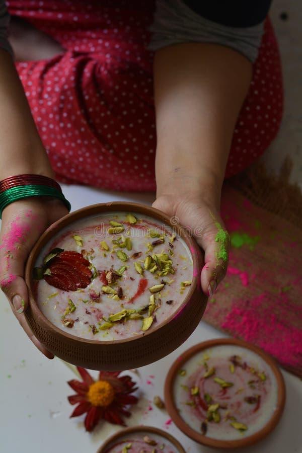 牛奶和大米布丁chawal ki kheer 免版税图库摄影