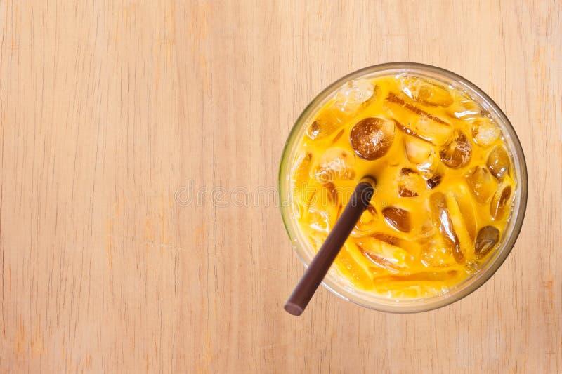 Download 冻牛奶茶甜饮料 库存照片. 图片 包括有 打赌的人, 餐馆, 茶点, browne, 生气勃勃, 健康, 木头 - 59112124