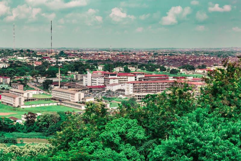 牛津大学大学学院医院UCH伊巴丹尼日利亚鸟瞰图  免版税库存照片
