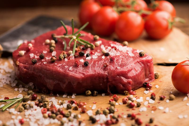 牛肉原始的牛排 免版税库存图片