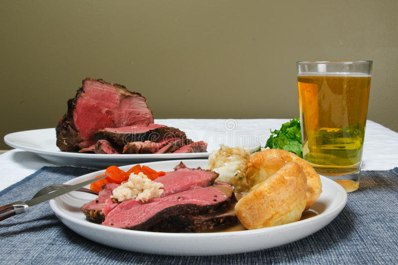 牛肉正餐烘烤 免版税库存照片
