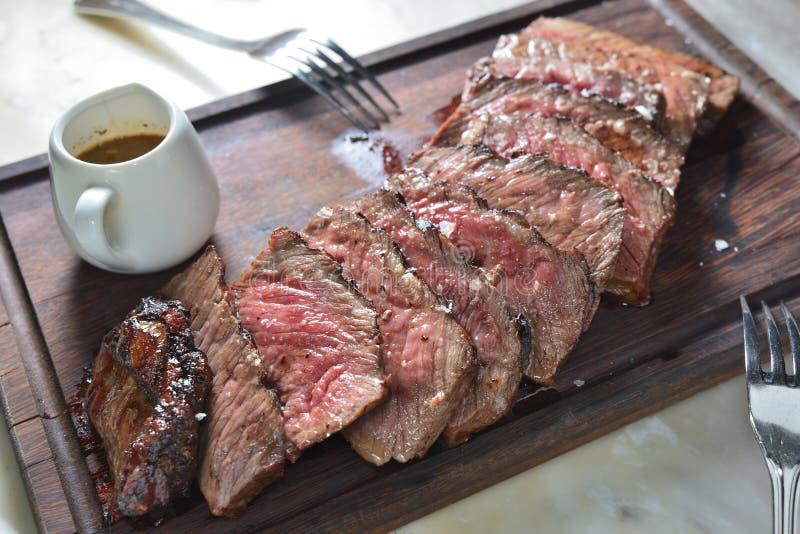 牛腰肉排 免版税库存照片