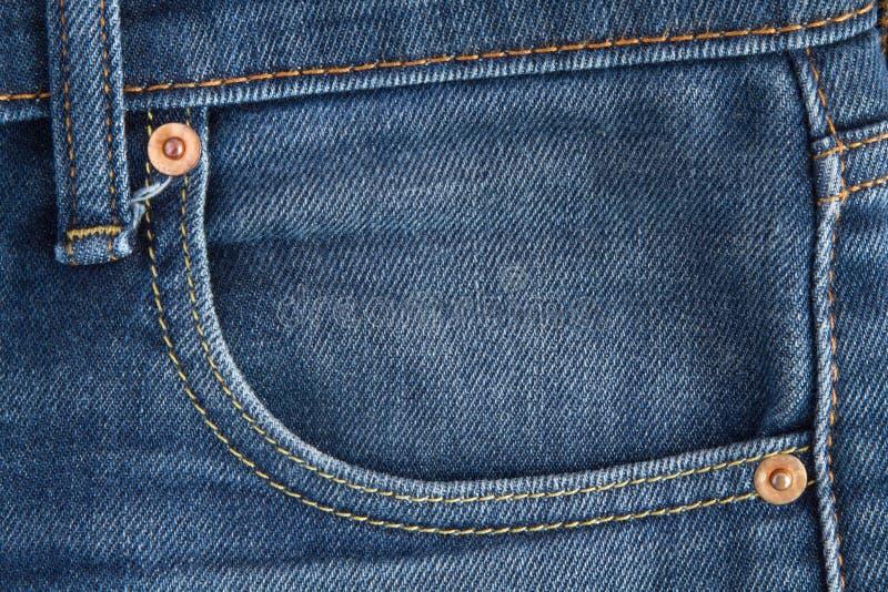 牛仔布斜纹布口袋缝 图库摄影