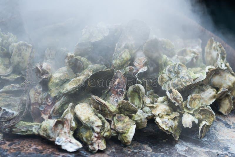牡蛎烘烤 免版税库存照片
