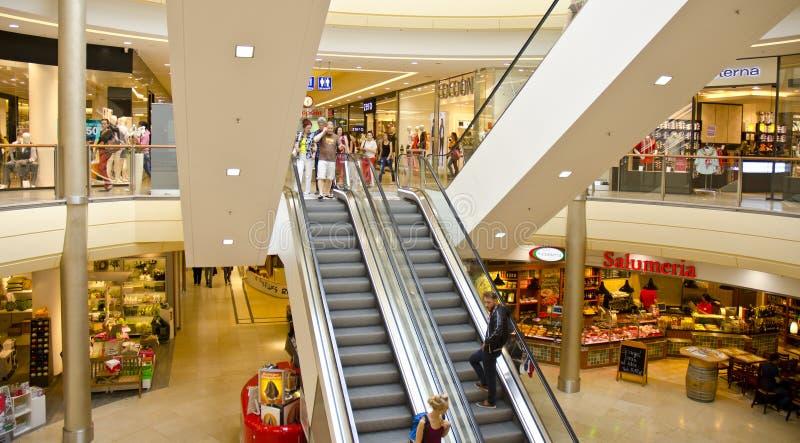 购物中心内部,德累斯顿,德国 库存图片