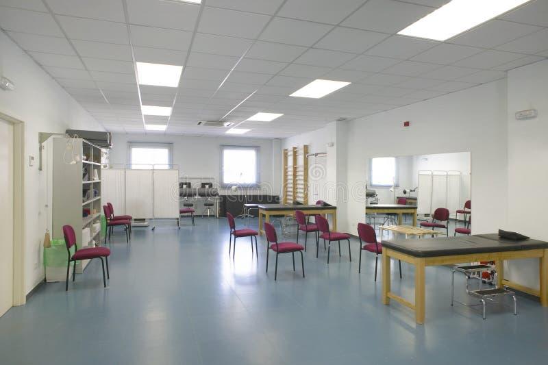 物理疗法被装备的室 修复治疗医院ar 库存照片