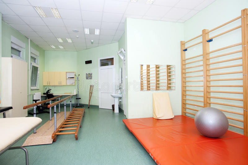 物理疗法诊所的空的室 库存图片
