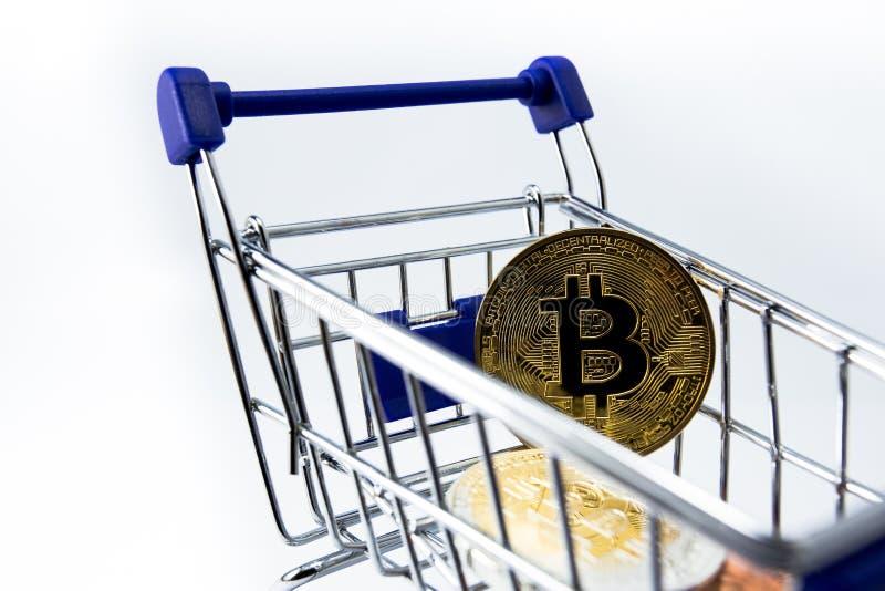 购物车和bitcoin 图库摄影