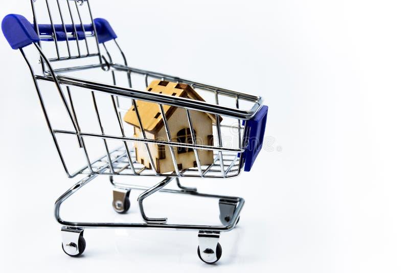 购物车概念房子图象购物 库存图片
