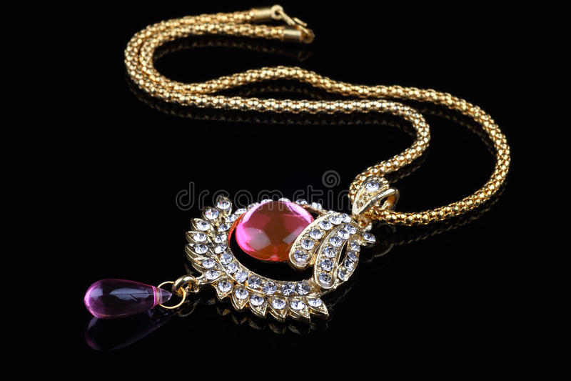 特写镜头印第安珠宝项链 免版税库存图片
