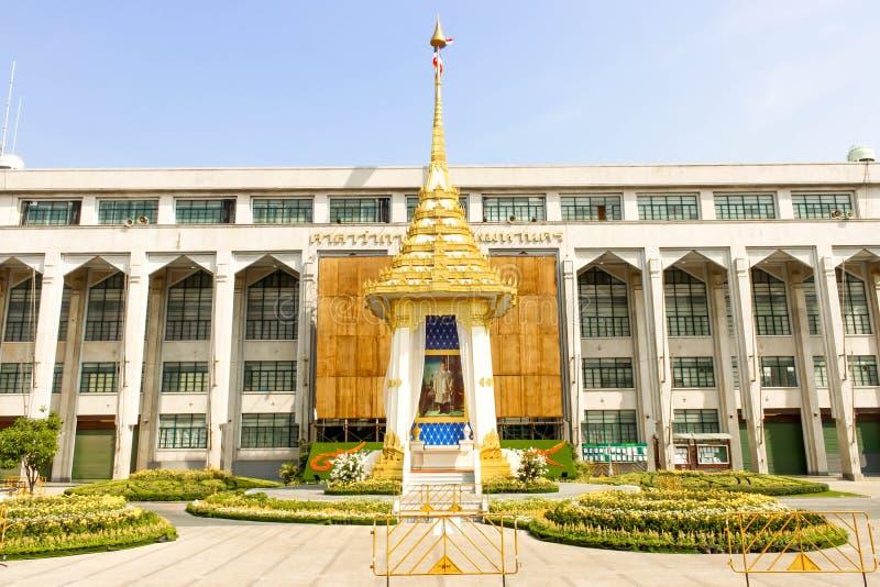 特写镜头在曼谷城市居民管理的皇家火葬场复制品 库存照片