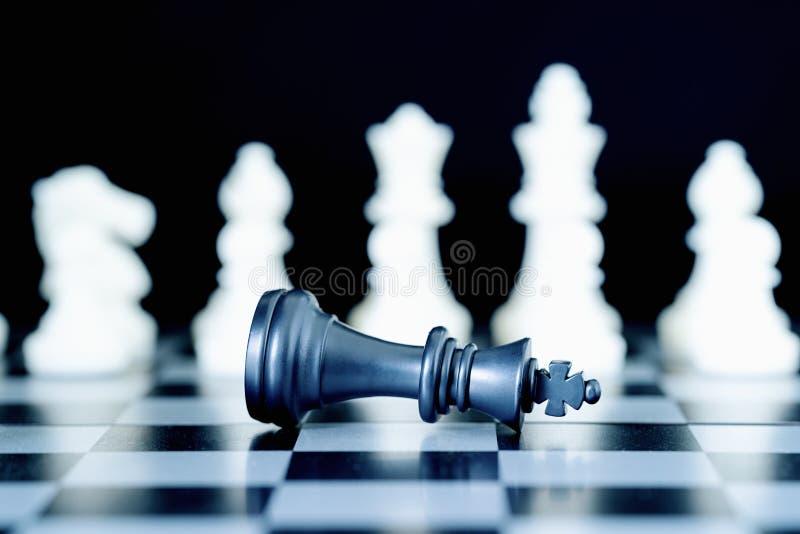 特写镜头在棋枰的棋子 库存照片