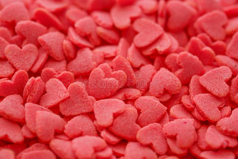 特写镜头微型红色心脏糖果, 库存照片
