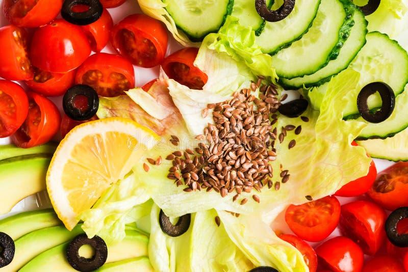 特写镜头未加工的vegatables沙拉柜台纹理背景 免版税库存照片