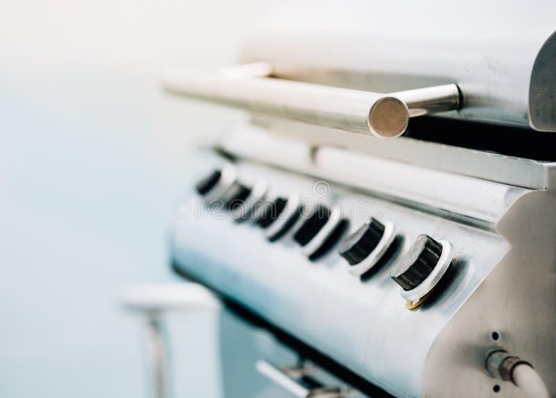 特写镜头焦点烤肉钢煤气炉瘤 库存照片