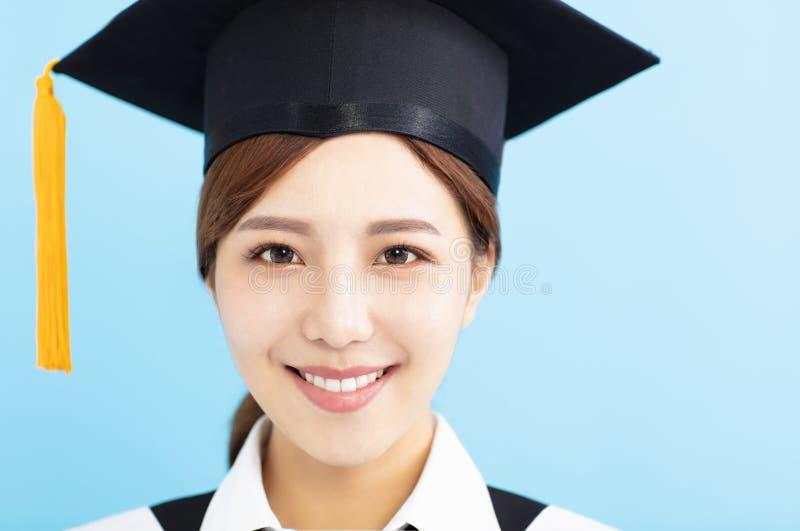 特写镜头美丽的研究生女孩面孔 免版税库存图片