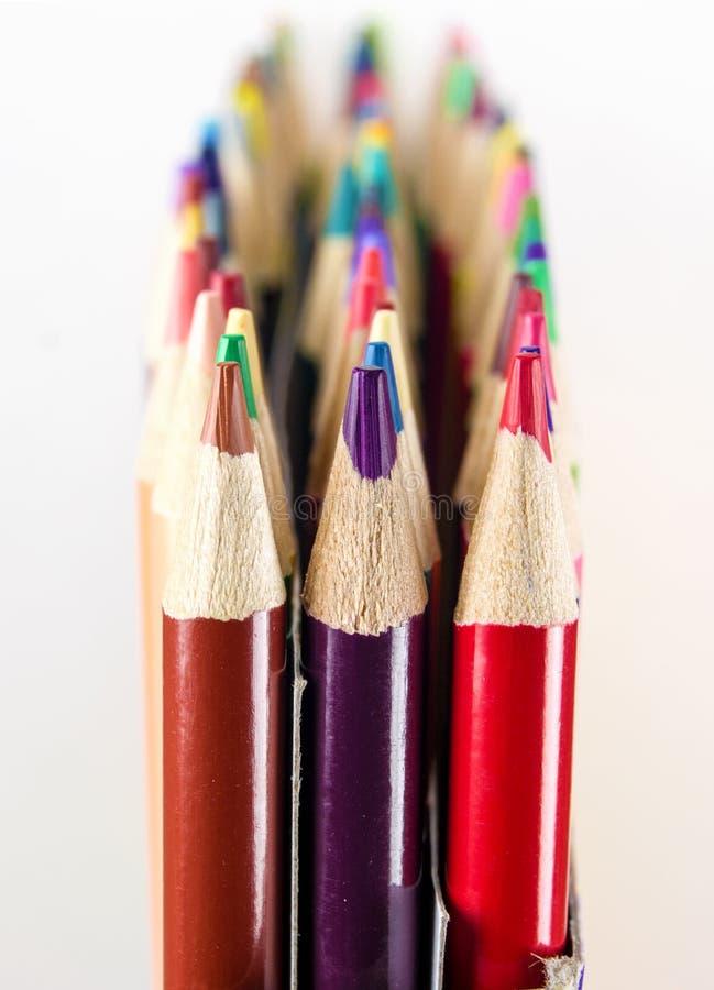 特写镜头五颜六色的艺术铅笔 免版税库存照片
