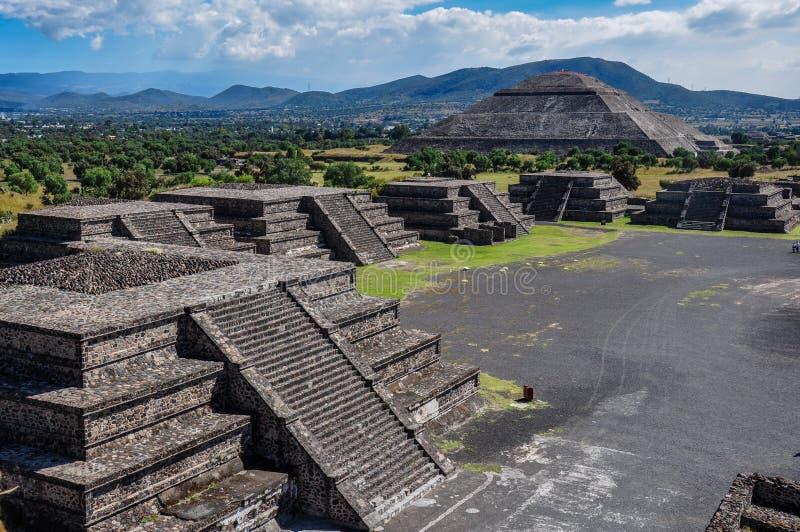 特奥蒂瓦坎废墟,阿兹台克废墟,墨西哥看法  免版税库存照片