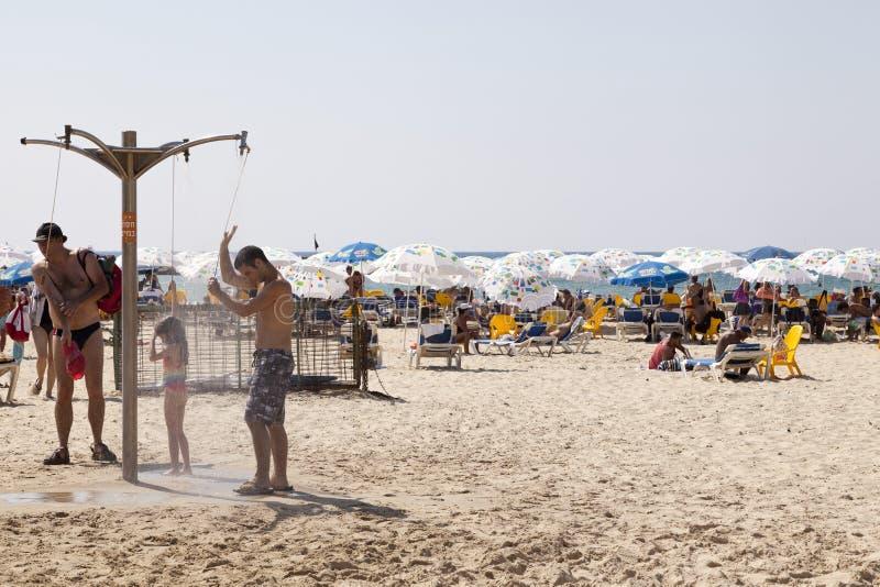 在海滩的夏天在特拉唯夫 免版税库存照片