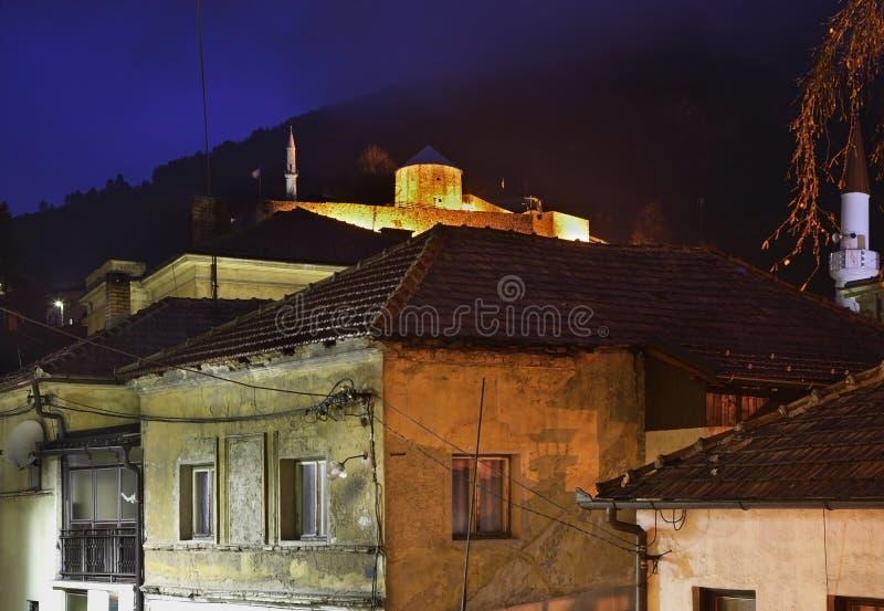 特拉夫尼克镇 达成协议波斯尼亚夹子色的greyed黑塞哥维那包括专业的区区映射路径替补被遮蔽的状态周围的领土对都市植被 免版税库存照片