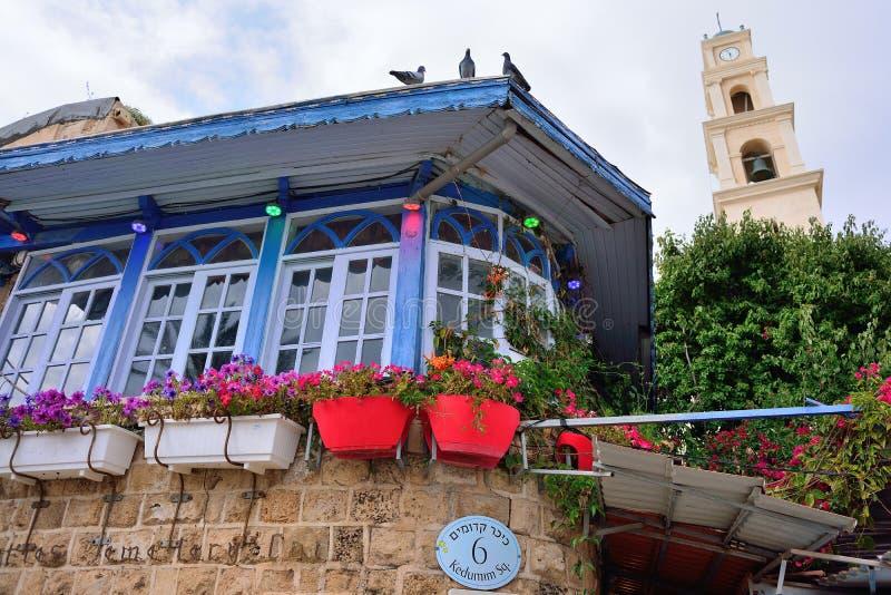 特拉维夫,以色列- 2017年4月:美丽如画的角落在老城贾法角,著名旅游餐馆 免版税图库摄影