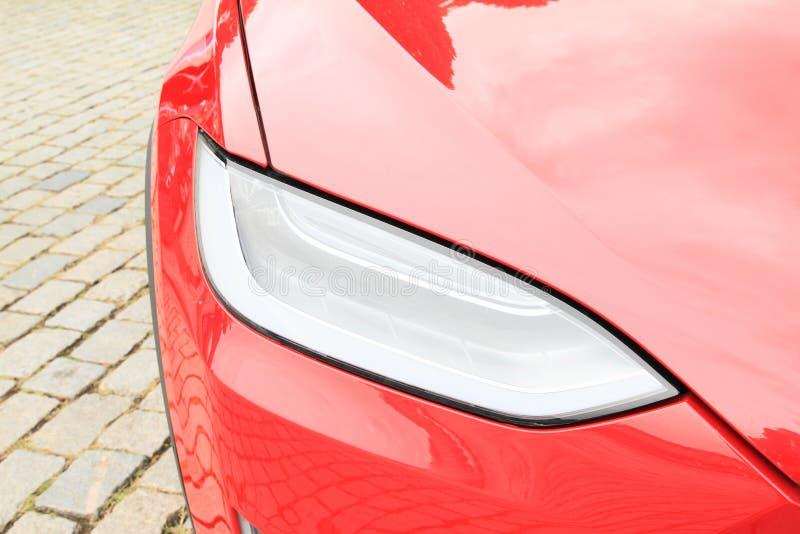 特斯拉汽车模型S -车灯细节  库存照片