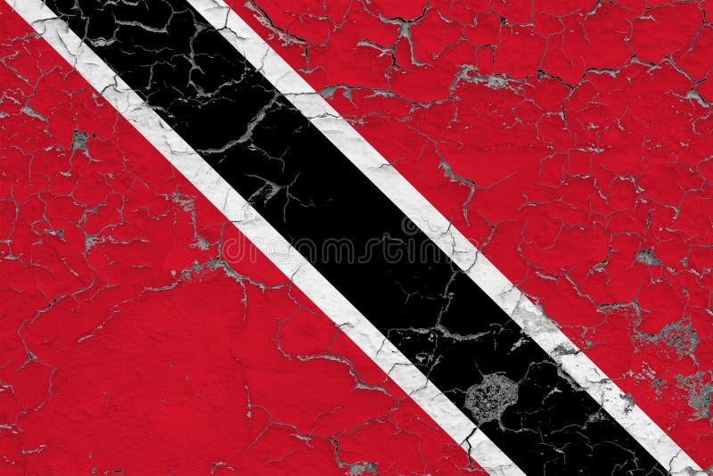 特立尼达和多巴哥的旗子在破裂的肮脏的墙壁上绘了 葡萄酒样式表面上的全国样式 皇族释放例证