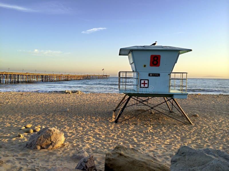 维特纳海滩的,加州救生员摊 库存照片