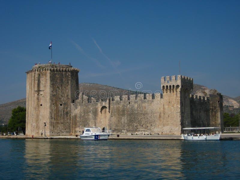"""特罗吉尔/克罗地亚†""""2011年9月特罗吉尔†""""城堡在克罗地亚 免版税图库摄影"""